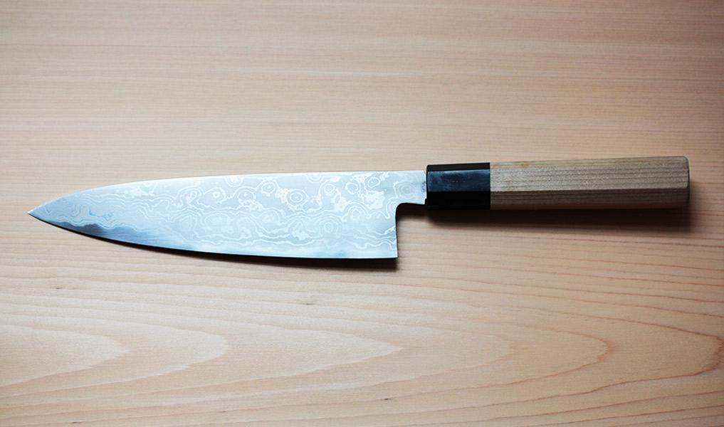 couteau traditionnel japonais fait main human heritage. Black Bedroom Furniture Sets. Home Design Ideas