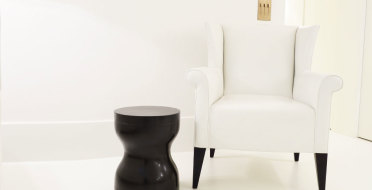 Handmade luxury side table in patinated bronze | Human Heritage
