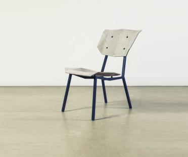 Chair in oak veneer, NewspaperWood veneer and steel | Human Heritage