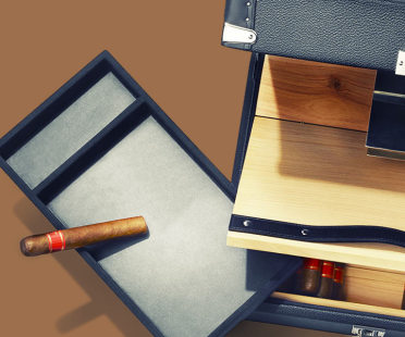 Cigar humidor, cigar box, 100 cigars capacity | Human Heritage